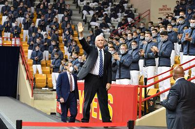 VP Mike Pence waves to cadets in Cameron Hall during his visit on September 10, 2020